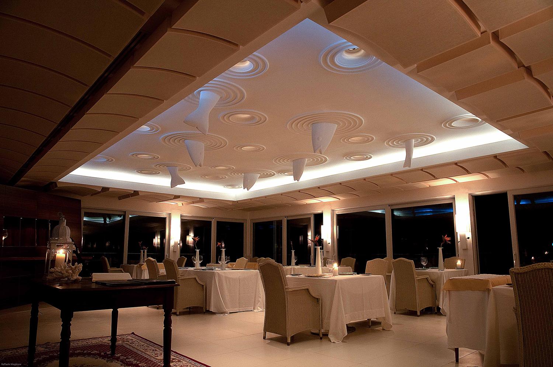 Illuminazione Tavoli Ristorante : Ristorante i passi ristorante in luce